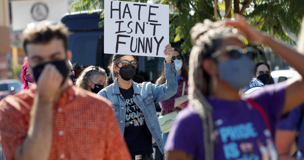 Netflix employees walk out over Chappelle comedy special